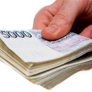 Jedna půjčka nestačí. Češi se zadlužují, nejčastěji si půjčují na bydlení