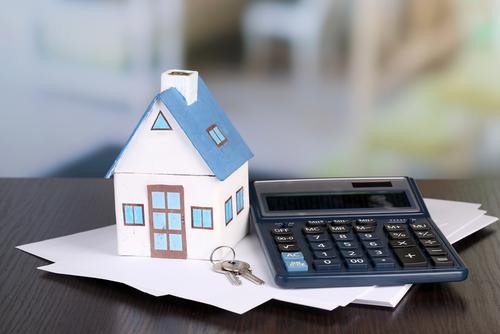 Zájem o úvěry i smlouvy od stavebních spořitelen loni rostl