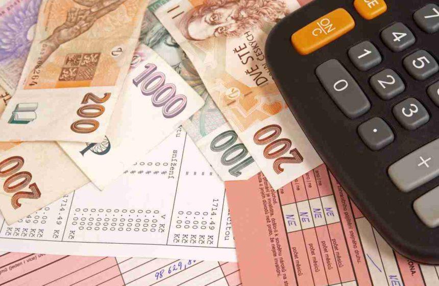 Kalkulačka: Skryté náklady číhají všude. Spočítejte, kolik doopravdy stojí váš úvěr