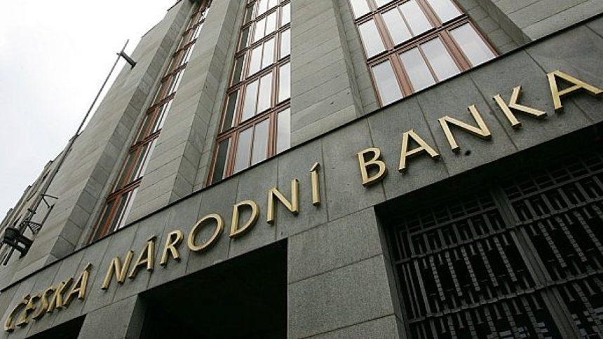 ČNB začne bankám určovat, kdo získá hypotéku